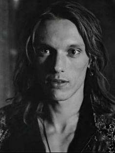 Christopher Marlowe, Jamie Campbell Bower, Epic Story, Shadow Hunters, Beautiful Boys, Iphone Wallpaper, Celebrity, Long Hair Styles, Guys
