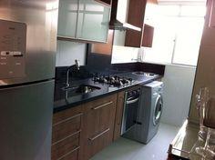 Black Modern. Cozinha com detalhes pretos para apto.
