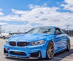BMW ///M4 I B-lew M-y W-hat?!?! Sweet blue, sweet Beamer. THG