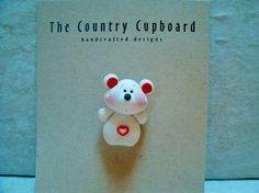 Valentine Bear Pin Brooch Polymer Clay von countrycupboardclay