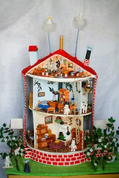 i wish i had this when i was a kid Moomin House Moomin House, Kids Allergies, Moomin Valley, Art Plastique, Little Houses, Dollhouse Furniture, Kids Room, Projects To Try, Diy Crafts