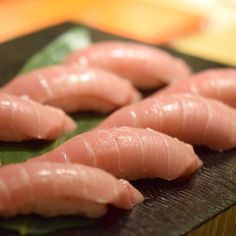 Bluefin Tuna Chutoro Sushi ( Hon Maguro )  本鮪トロ寿司  #kaiseki #cuisine #kitaohji #tuna #bluefintuna #honmaguro #maguro #sushi #鮪 #本鮪 #握り #寿司 #japanesefood #instafood #foodpic #foodporn #japanesecuisine #authenticjapanesecuisine #dinner #yum #yummy #thonglor #bangkok #sukhumvit #อาหารญ by takashi.kitahara
