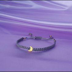 Pulsera en macrame con dije de Luna Moon, Jewelry, Bracelets, The Moon, Jewlery, Bijoux, Jewerly, Jewelery, Jewels
