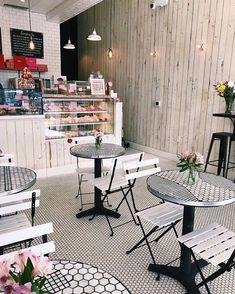Home Decorating Magazines Usa Cake Shop Interior, Coffee Shop Interior Design, Bakery Interior, Coffee Shop Design, Restaurant Interior Design, Cafe Restaurant, Cafe Bar, Modern Restaurant, Bakery Shop Design