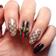 Bee Gucci Nails