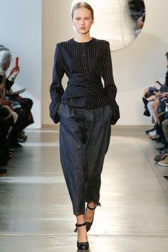 Suno Fall 2016 Ready-to-Wear Fashion Show - Paula Galecka