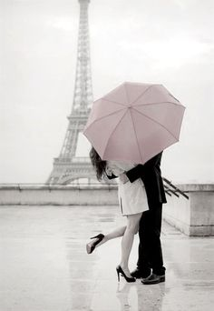 gabytaangeles:  Love in París