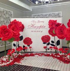 Giant Paper Flowers, Diy Flowers, Flower Decorations, Wedding Flowers, Wedding Decorations, Backdrop Wedding, Prom Flowers, Paper Flower Wall, Paper Flower Backdrop