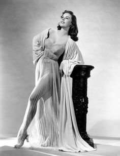 Elaine Stewart a actress, model, and pin-up girl Vintage Hollywood, Old Hollywood Glamour, Golden Age Of Hollywood, West Hollywood, Hollywood Stars, Classic Hollywood, Hollywood Fashion, 50s Glamour, High Fashion
