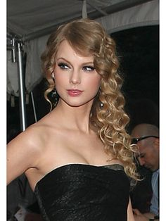 Taylor Swift's Best Hair Moments