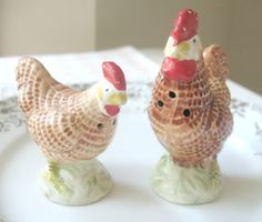 CLEARANCE Vintage Rooster Salt and Pepper by Vintagegirlsfinds On Clearance ~ Reg. 15.00