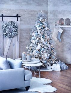 Home Decor & Renovation Ideas - DIY Projects & How to Guides : 4 Indoor Christmas Decor Ideas Blue Christmas theme Blue Christmas Tree Decorations, White Christmas Trees, Modern Christmas Decor, Christmas Tree Design, Christmas Room, Beautiful Christmas, Christmas Mantles, Flocked Christmas Trees Decorated, Pink Christmas