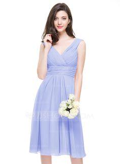 A-Line/Princess V-neck Knee-Length Chiffon Bridesmaid Dress With Ruffle (007067269) - JJsHouse