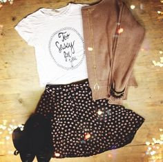 Too sassy for you!! I need this outfit in my life ♡
