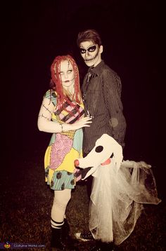 Coolest couples Halloween costumes - Jack and Sally Homemade Costume Sally Halloween Costume, Cool Couple Halloween Costumes, Cute Couples Costumes, Disney Costumes, Halloween Cosplay, Cool Costumes, Halloween Party, Costume Ideas, Halloween Ideas