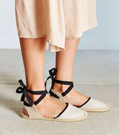 6 Ideal Sandals for Trekking Through the City via @WhoWhatWear