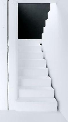 Clean line architecture, aesthetic, fashion, and art for Karen Gilbert - Fragrant Alchemy White Staircase, Interior Staircase, Modern Staircase, Staircase Design, Architecture Details, Interior Architecture, Interior And Exterior, Black And White Interior, Black White