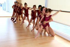 Las pequeñas princesas bailarinas acaban su clase de danza con la Srta. Anna ¡Para comérselas a besos!!!!!!  #ballet  #InteligenciaArtísticaISP
