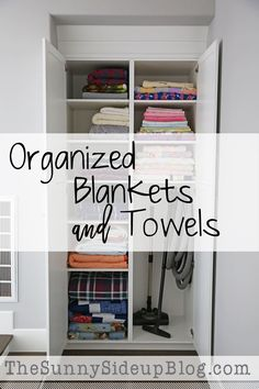 This guide for Organizing Blankets and Towels is sure to inspire you to tackle the little projects this weekend! Your home will be tidy and clean in no time.