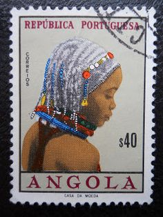Stamps, covers and postcards of traditional/folk costumes: Stamps / Costumes - Angola / Angola