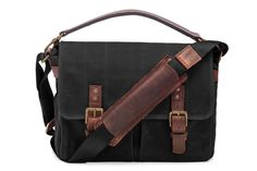 Whether for work or play, the Prince Street messenger bag delivers on both style and function. Handcrafted with our signature waxed canvas and detaile...