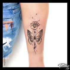 Schmetterling tattoo oberarm blumen Schmetterling Tattoo