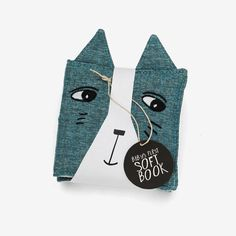 Wee gallery - Mjuk babybok, Friendly faces in the garden - Little venue Baby Toys, Children's Toys, Cloth Books For Babies, Indian Folk Art, Smart Art, Small Baby, Modern Kids, Visual Development, Illustrations