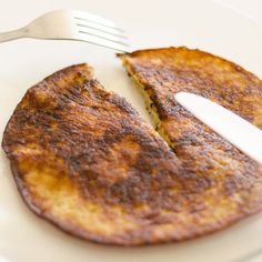 Paleo Pancake Its so simple! Must try this ASAP. Paleo Pancake Its so simple! Must try this ASAP. Paleo Recipes, Real Food Recipes, Snack Recipes, Yummy Food, Tasty, Brunch Recipes, Paleo Breakfast, Breakfast Dishes, Breakfast Recipes