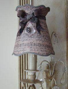 Abat-jour shabby chic pour lustre et suspension.Création Perle de Lumières... Ribbon Lamp Shade french boudoir
