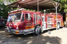 Benemerito Cuerpo De Bomberos De Leon @ Leon, Nicaragua. Old fire truck donated by Burnaby Fire Department, British Columbia, Canada