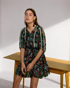 Maje RUBIK dress > http://fr.maje.com/fr/collection/robes-1/rubik/E17RUBIK.html?dwvar_E17RUBIK_color=0071#start=5