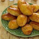 Batatinhas Salteadas com Alecrim - Receitas e Menus © Portuguese Recipes, Pretzel Bites, Cookies, Bread, Dining, Vegetables, Macarons, Foods, Christmas Sweets