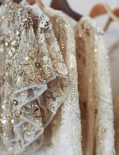 // Our bridal haute-couture, sur-mesure, designers dresses inspiration worldwide Vintage Glam, Dress Vintage, Fashion Details, Look Fashion, White Fashion, Luxury Fashion, Fashion Design, Lesage, Wedding Inspiration