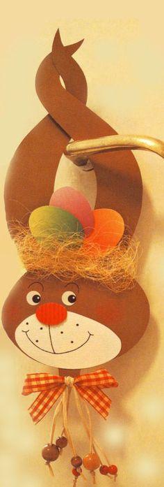 Easther | Húsvét - Kopogtatódísz sablonnal