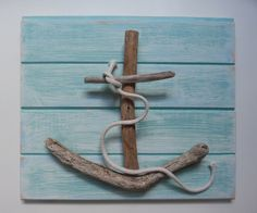 Driftwood anchor on pallet wood
