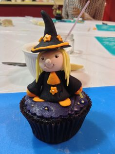 My little witch cupcake