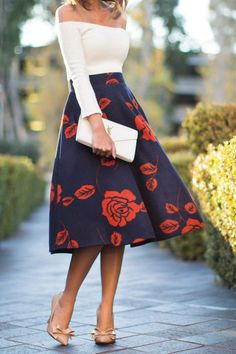 Wedding guest outfit floral midi skirts Ideas for 2019 Mode Outfits, Fashion Outfits, Womens Fashion, Petite Fashion, Skirt Fashion, Ladies Fashion, Jw Mode, Modelos Fashion, Outfit Look