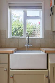 Remodeling out of the question? You can still update your outdated kitchen with these 20 fabulous tips.