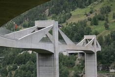 Ganter Bridge is an extradosed bridge, road bridge and prestressed concrete bridge that was built from 1976 until The project is located in Ried-Brig, Valais, Switzerland.This structure was built using the method balanced cantilever method. Cable Stayed Bridge, Les Religions, Bridge Design, Different Perspectives, Pedestrian, Switzerland, Around The Worlds, Graduation Project, Christian