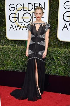 See All the Looks From the Golden Globes 2017 Red Carpet Celebrity Red Carpet, Celebrity Dresses, Celebrity Style, Red Carpet Ready, Red Carpet Looks, Golden Globe Award, Golden Globes, Riley Keough, Nice Dresses
