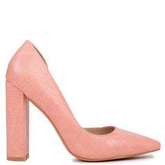Pink snakeskin pump