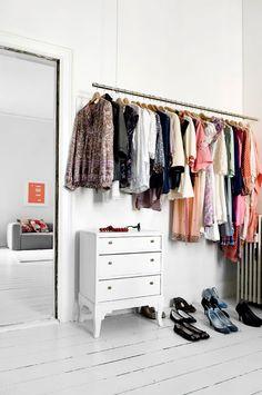 58 Ideas Diy Clothes Rack Lemari Pakaian For 2019 Storing Clothes, Diy Clothes Rack, Hanging Clothes, Clothes Rack Bedroom, Clothes Rod, Walk In Wardrobe, Walk In Closet, Hanging Wardrobe, Narrow Wardrobe