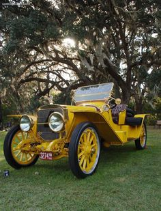 1913 Lozier Runabout