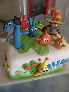 Baby TV cake 2 Birthday Cake, Boy First Birthday, 1st Birthday Parties, Birthday Ideas, Pudding Shots, Baby Tv Cake, Fondant, Candy Recipes, First Birthdays