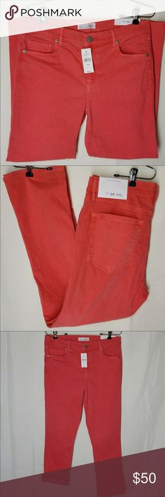 Loft Crop Jeans Modern Kick Crop Ann Taylor Jeans Made and loved 5pockets Size 29/8 LOFT Jeans Ankle & Cropped