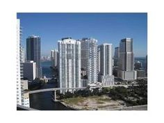 Fantastic 2 Bedroom plus den on the 32nd Floor in the Ivy.   #Brickell