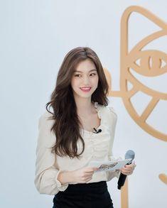 South Korean Girls, Korean Girl Groups, Kim Doyeon, Ioi, Ulzzang Girl, Korean Singer, Kpop Girls, Girl Crushes, Asian Beauty