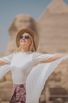 🤩 We are back with all the safety options needed to welcome our customers again and enjoying one of the most dazzling experiences in Egypt. 🥳😍 Thank you for sharing your memories with us, and don't forget to submit yours. Travel safe, Travel confidently. #Egypt #MemphisTours #TravelEgypt #travel #travelphotography #travelgram #traveltheworld #pyramids #pyramidsofgiza #happycustomers
