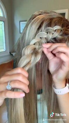 Easy Hairstyles For Long Hair, Summer Hairstyles, Cute Hairstyles, Running Late Hairstyles, Sporty Hairstyles, Medium Hair Styles, Long Hair Styles, Brown Blonde Hair, Aesthetic Hair