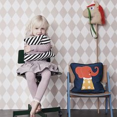 Harlequin Wallpaper - pink Ferm Living Teen Children Adult- A large selection of Design on Smallable, the Family Concept Store - More than 600 brands.
